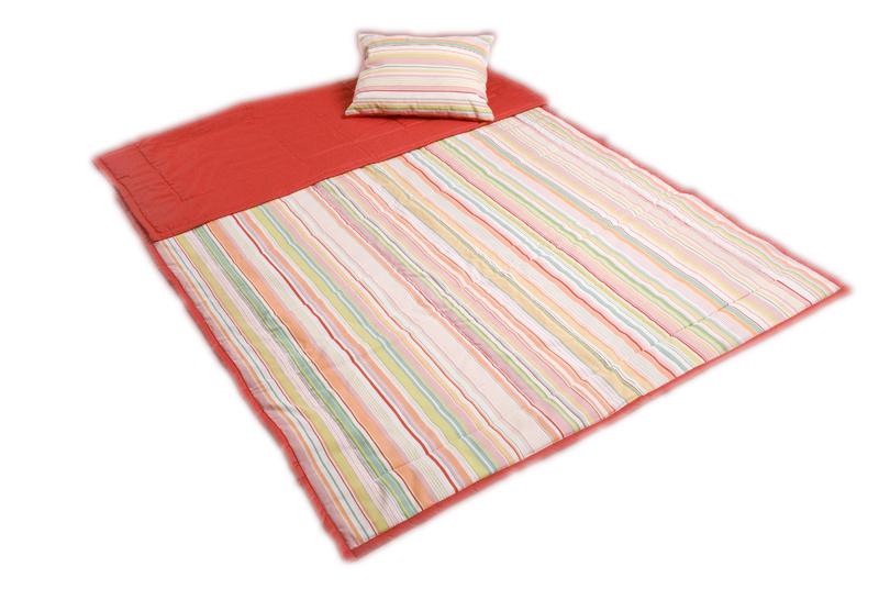 Přehoz na postel jednolůžko 220×140 cm + polštářek