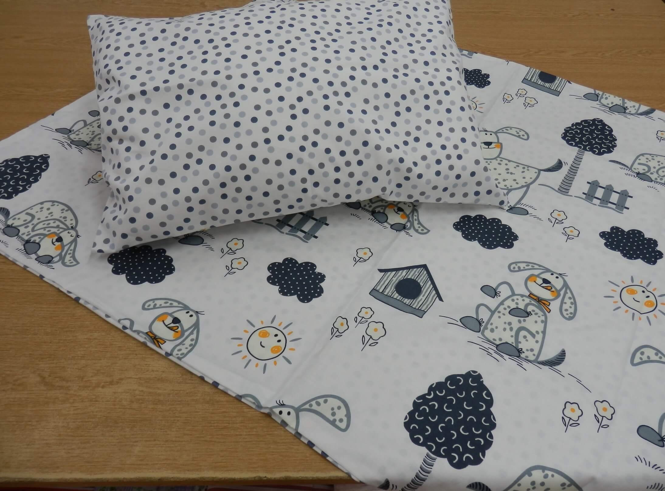 Dětské povlečení bavlna šedí pejsci s puntíky