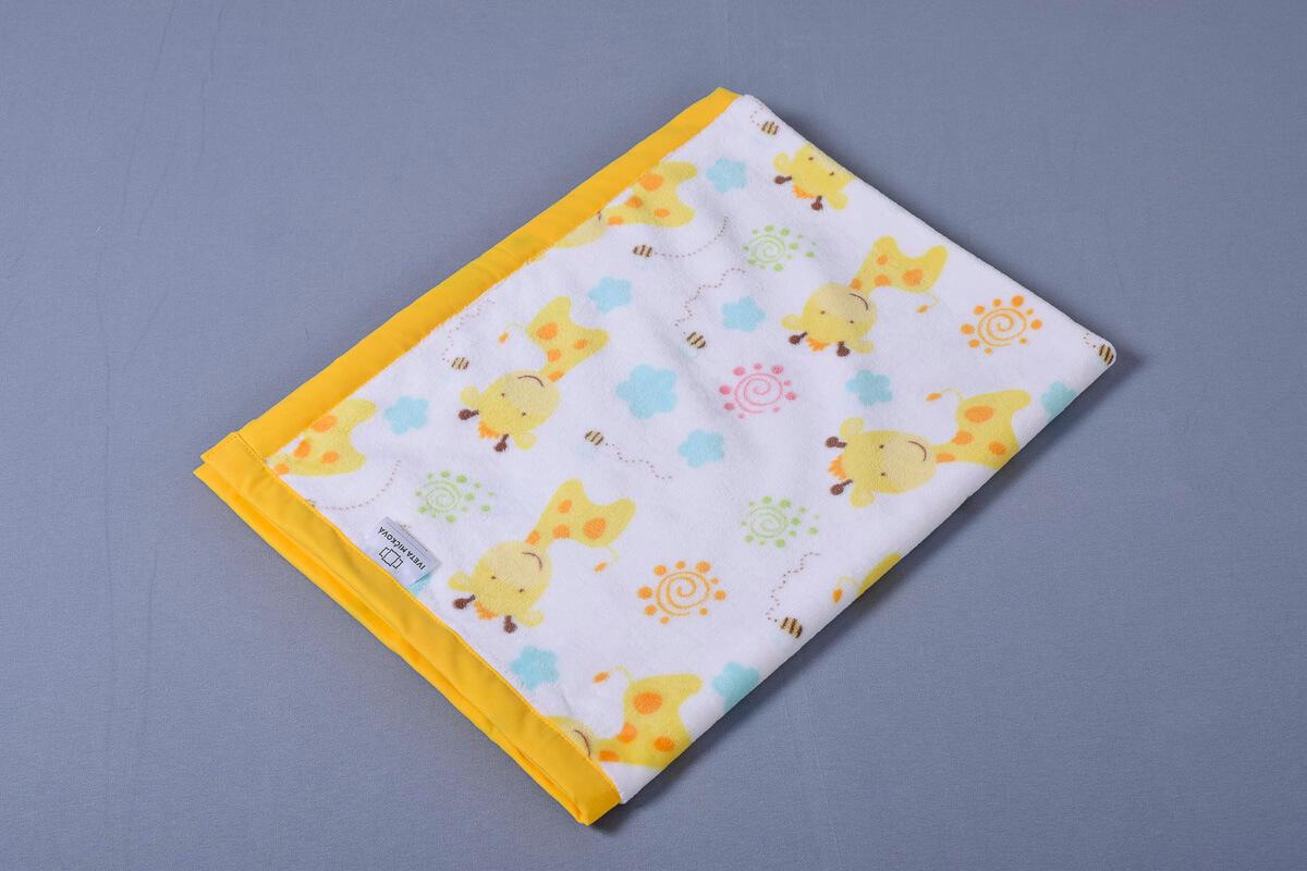 Dětská deka žirafy/žlutá lem