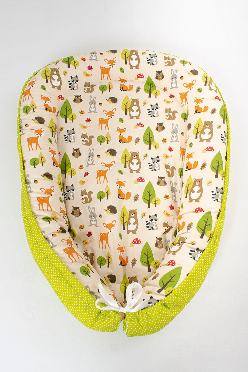 Hnízdečko pro miminko lesní zvířátka/zelený puntík