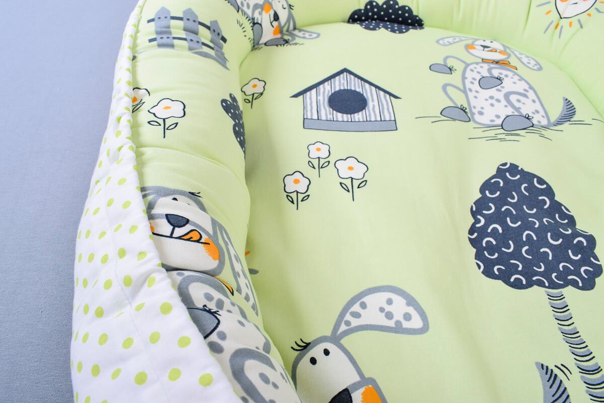 Hnízdečko pro miminko pejsci/zelený puntík na bílé