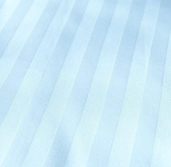 Bavlněný satén světle modrá 20 mm hotelový pruh