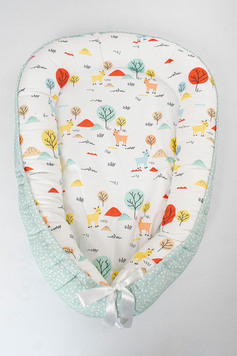 Hnízdečko pro miminko kozička/mentolové puntíky